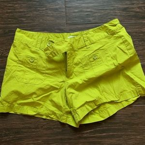Loft bright green shorts size 4
